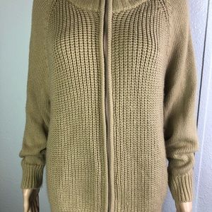 CAROLYN TAYLOR precious sweater size XL